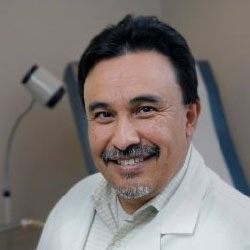 J. Augusto Bastidas, MD <p>Surgical Oncologist<br /> El Camino Hospital<br /> Mountain View, CA</p>